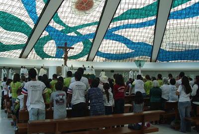Celebração abre Mês Missionário na arquidiocese de Brasília