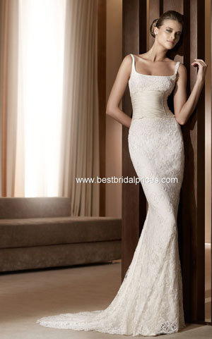 Sheath Gown The Slim Closely Follows Line Of Body Creating A Form Fitting Look Which Is Also Known As Column Wedding Dress