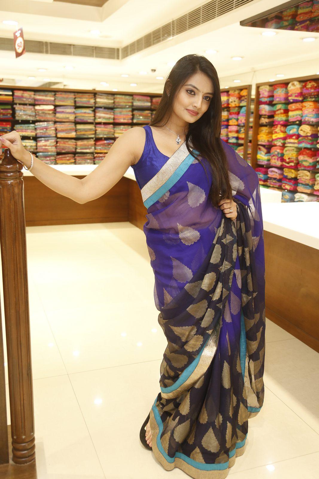 Nikita Narayan latest glam pics-HQ-Photo-16