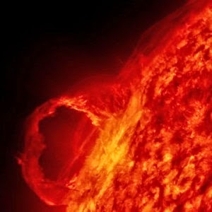 Solar Storm 14 Times Larger Than Earth Could Unleash A Society-Crippling Electromagnetic Pulse
