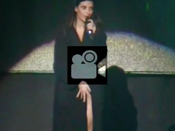 www.blogoiton.com/2014/07/laura-pausini-sem-calcinha-em-show.html