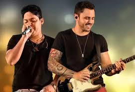 Jorge e Mateus lançam música Ou Some ou Soma