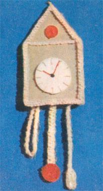 Старинные часы, макраме.