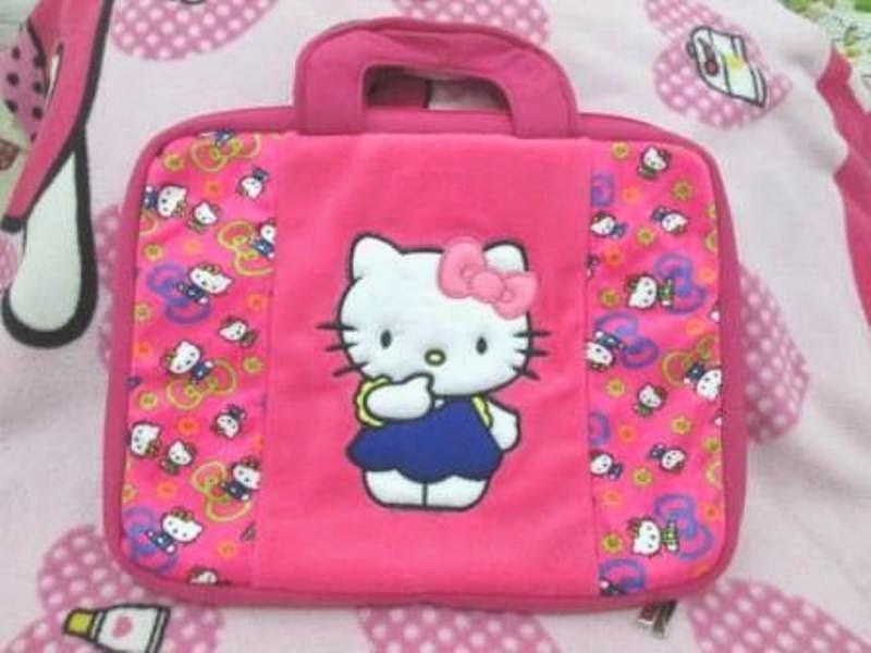 Gambar tas laptop hello kitty pink cute banget