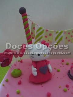 bolo aniversário kitty bragança