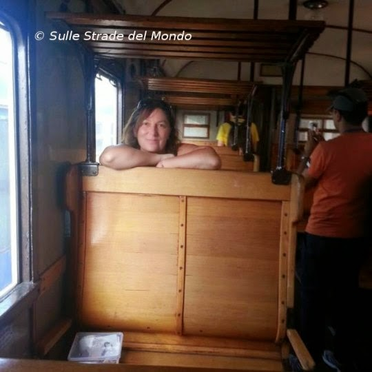 blogger in carrozza
