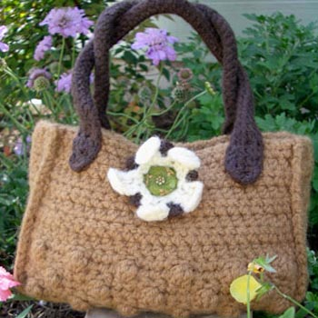 Free Crochet Pattern - Bridal Purse from the Weddings Free Crochet