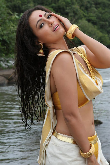 Sana Khan images