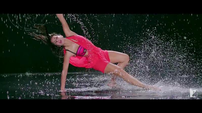 Katrina Kaif wet thighs, Katrina Kaif wet legs, Katrina Kaif wet pics, Katrina Kaif hottest wet pics ever