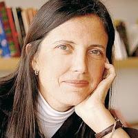 http://www.revistaenie.clarin.com/literatura/Claudia_Pineiro-dama-suspenso_0_1349865009.html