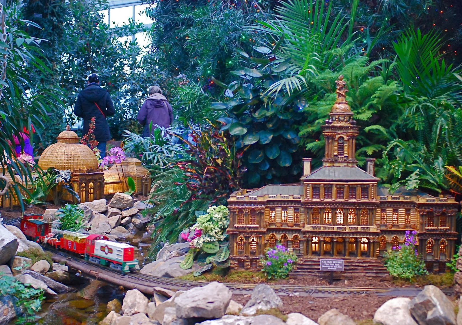 Nyc Nyc New York Botanical Garden 39 S Holiday Train Show