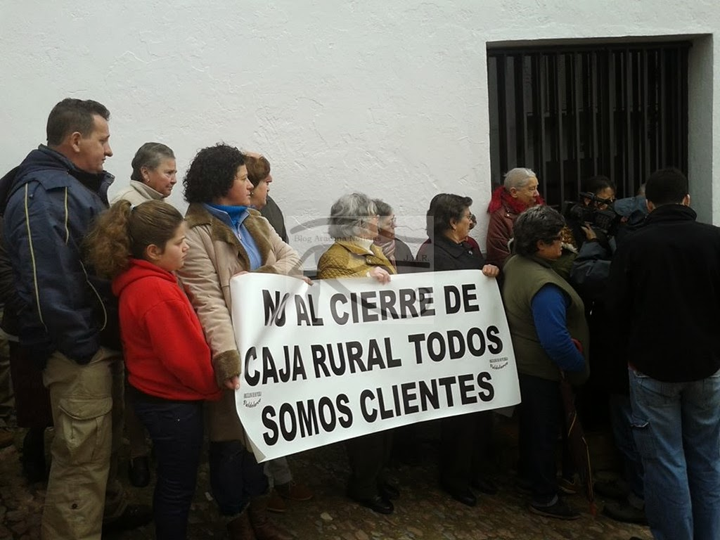 Noticias de aracena y la sierra en los medios valdelarco for Caja rural de navarra oficinas vitoria