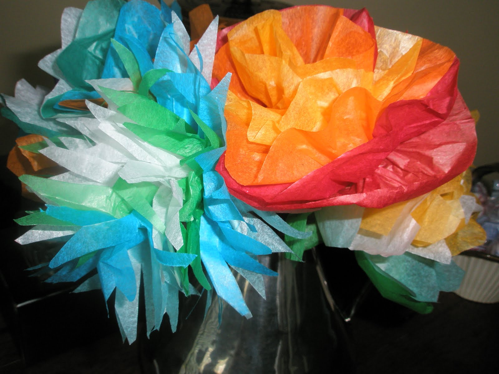 My paper playhouse tissue paper flowers tutorial and a giveaway these are little ones in a vase we made lots of little ones and used the extras as centres for the larger flowers mightylinksfo