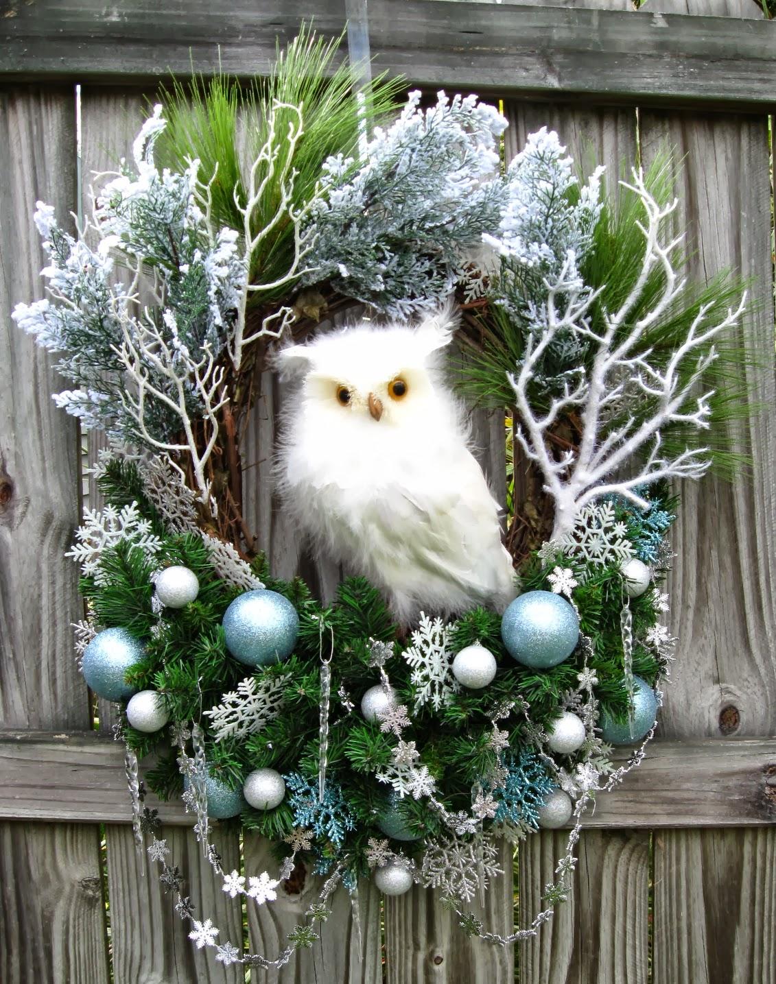 Igw gallery huge winter wonderland snow owl christmas for Decoration noel exterieur a fabriquer