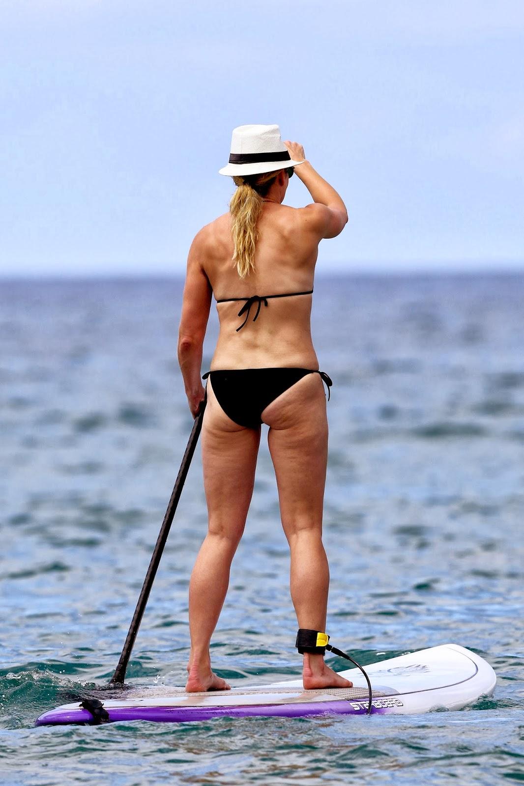 Chelsea Handler's bikini ass
