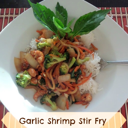 healthy stir fry made with shrimp, vegetables, and lots of garlic ...