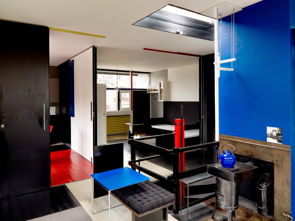 Rietveld schr der house nero carbone for Casa interior
