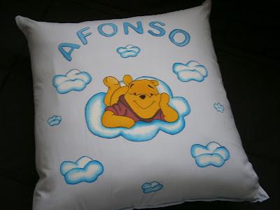 Almofada com Winnie the Pooh pintado