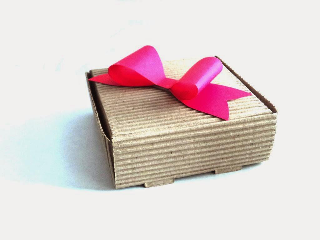 Adorno con moño de papel