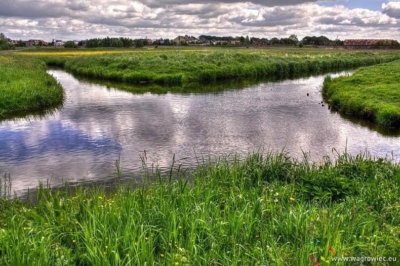 Fenomena Hidrologi, Pertemuan Dua Aliran Sungai Ini Tak Pernah Bersatu
