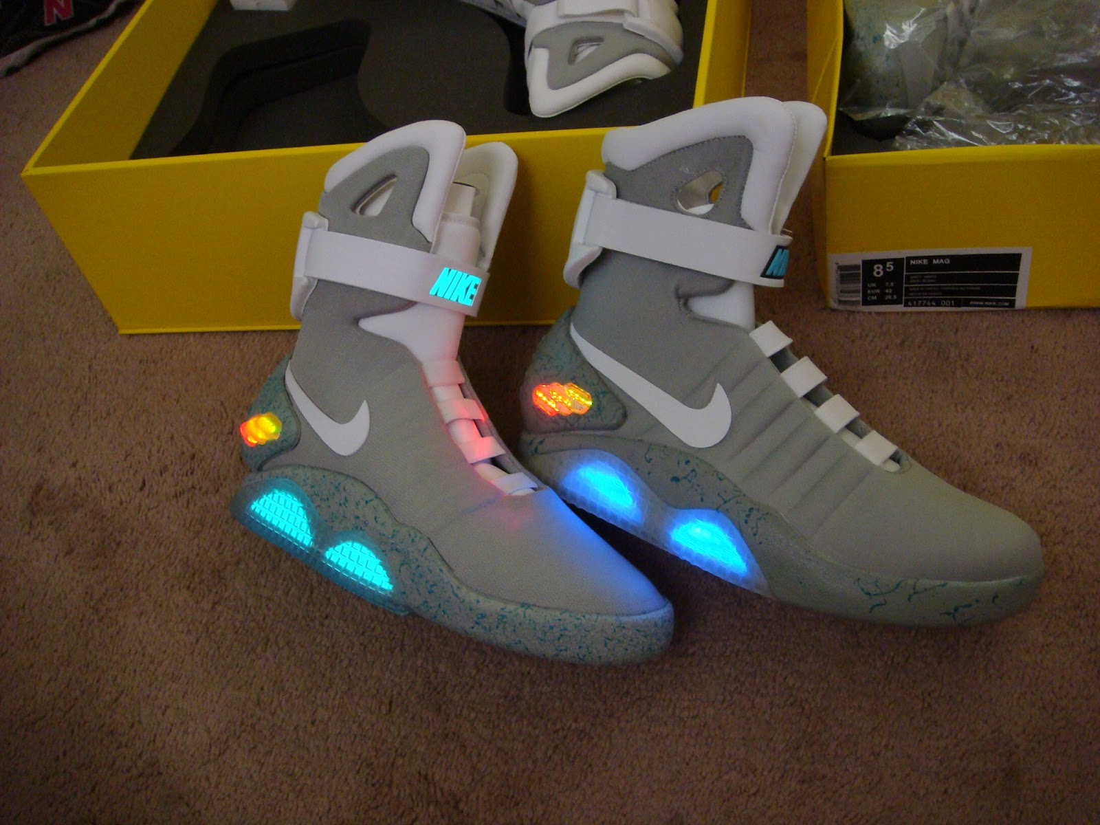 Cheap nike air mag china -