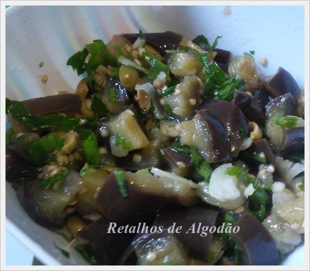 Salada de berinjela, uma opção de alimentação saudável