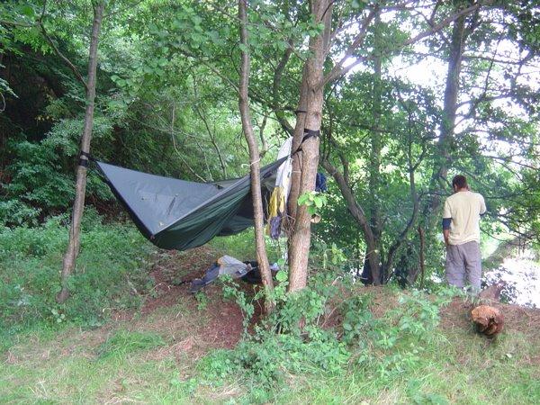 Redes de descanso vit ria rede de selva conceito camping for Camping cerca de vitoria