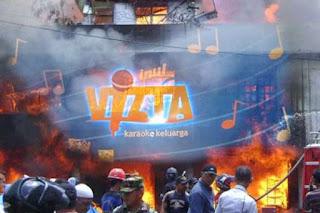 kebakaran gedung karaoke Inul Vizta