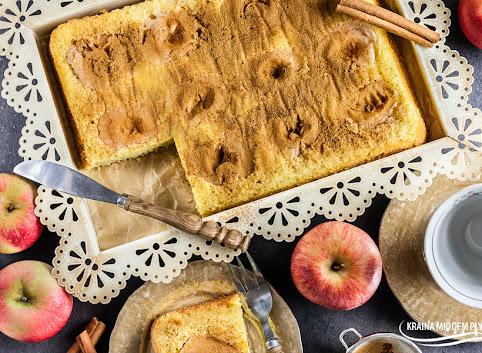 Najprostszy 4-składnikowy jabłecznik (bez glutenu i nabiału)