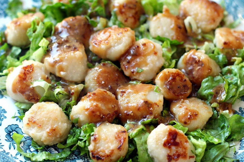 ... from Kung Fu Panda? Yeah, that was pretty much us with these scallops