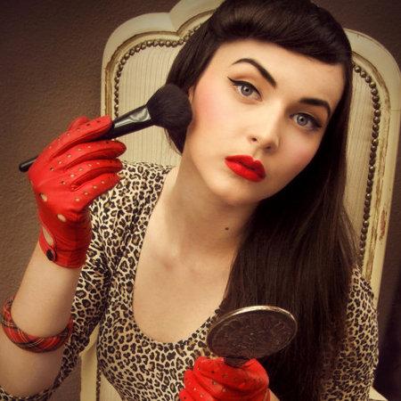 Maquillaje para pelo negro - Maquillage pin up ...