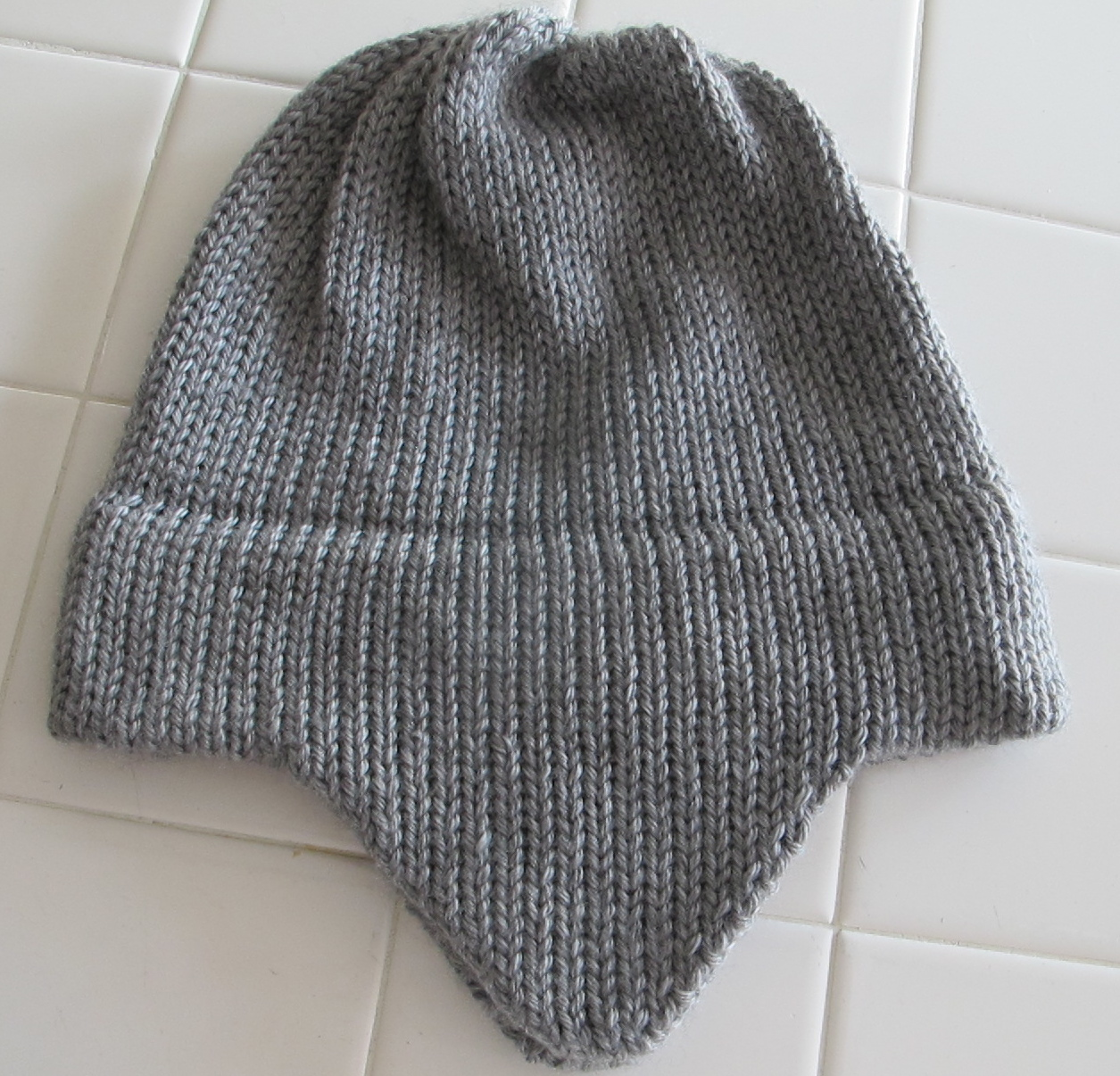 Easy Knitting Pattern Hat With Ear Flaps : TOM MACHINE KNITTING GUY: Ear Flap Hat