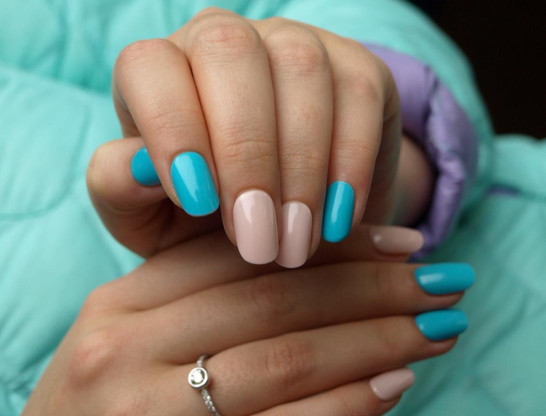 Накладные ногти маникюр фото