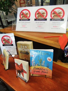 essays on banning books in school libraries Banned books a persuasive essay assignment these books are even banned from schools and public libraries because the banning books stunts the expansion of.