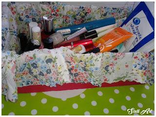 Moje pierwsze pudełeczko na kosmetyki DIY