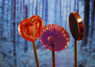love triangle gourmet handmade lollipops