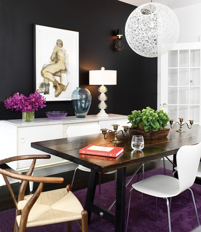 Do 39 s don 39 ts black accent walls triple max tons Purple accent wall in living room