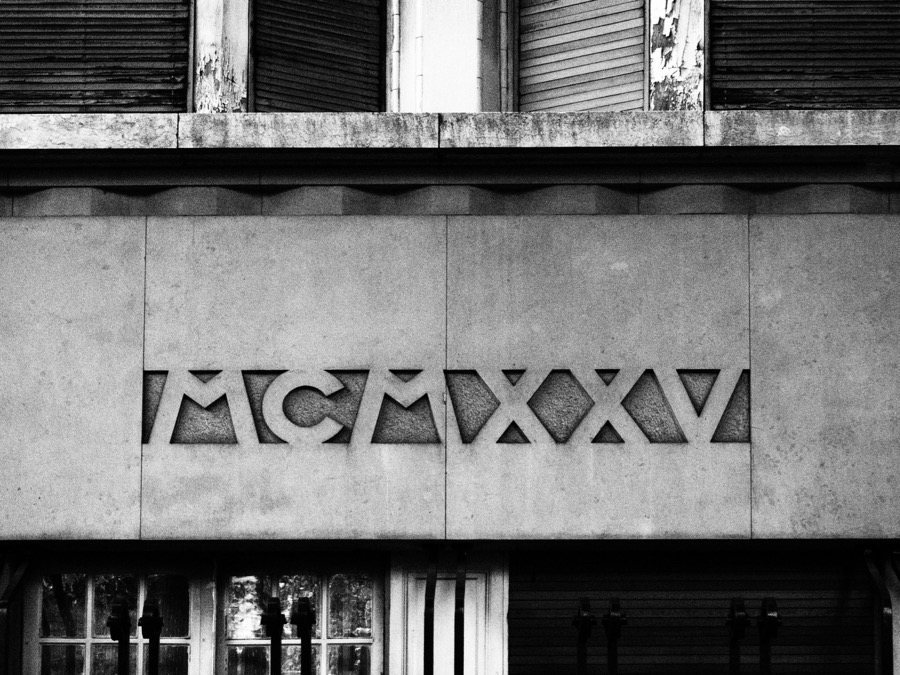 France: Paris, The Birthplace of Art Deco (a tour in Black & White ...