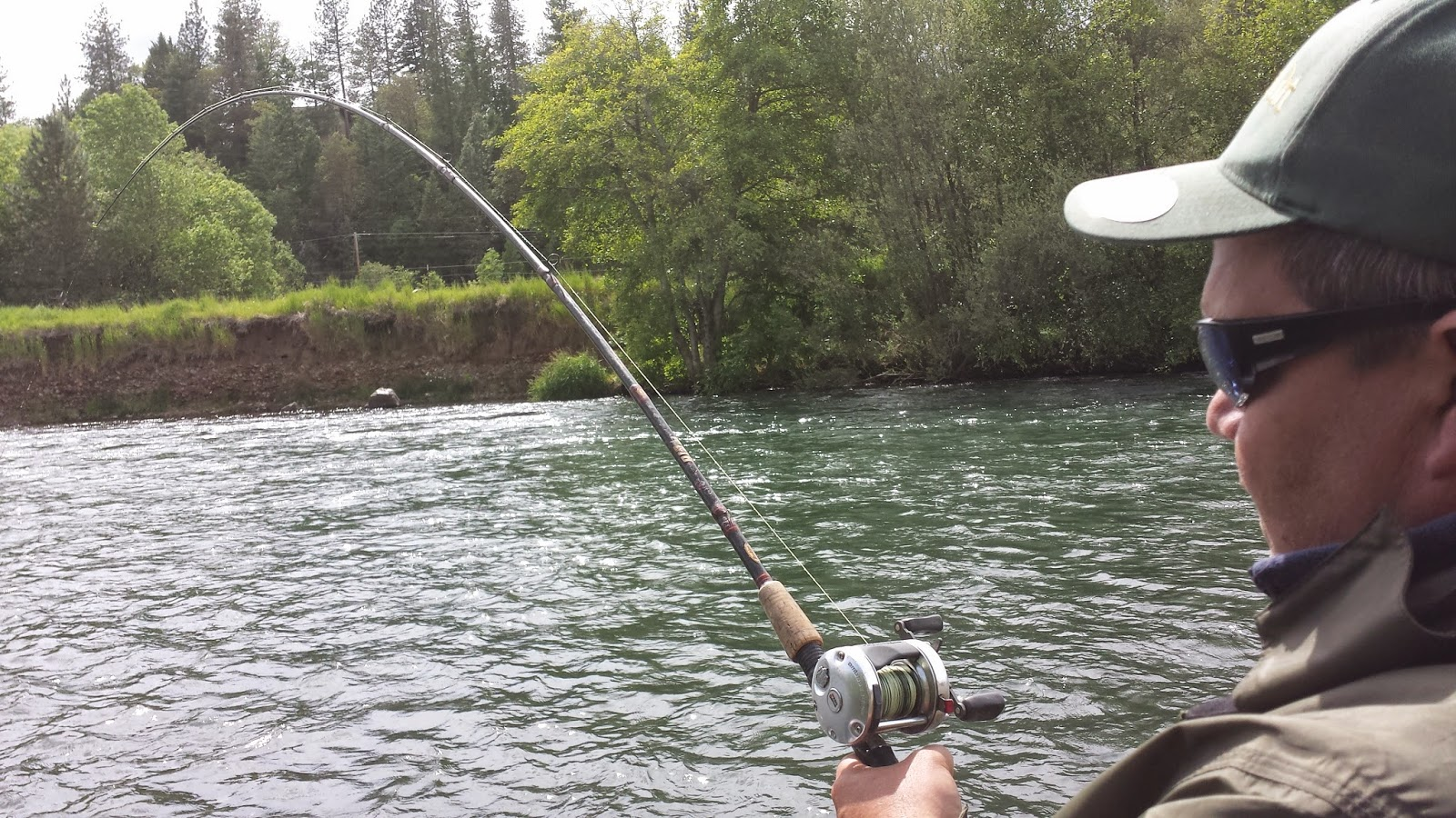 Fishing on the rogue river salmon and steelhead guide for Central oregon fishing report