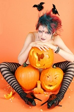 Gothic hottie ankles behind ears pumpkin penis Scar 13 - Gothic Sluts