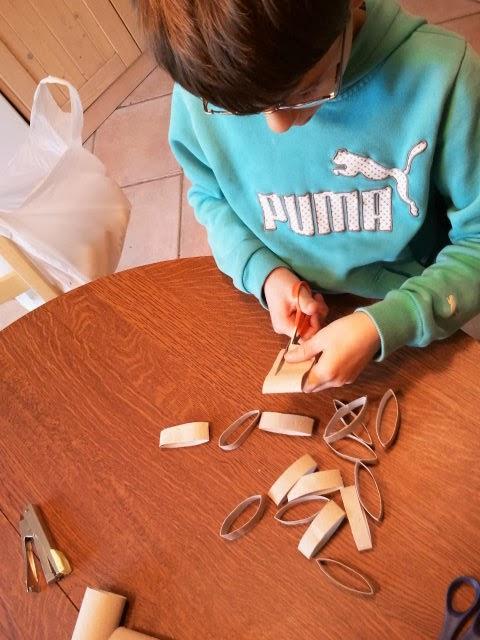 Maman je sais pas quoi faire sapin en rouleaux - Sapin de noel en rouleau papier toilette ...