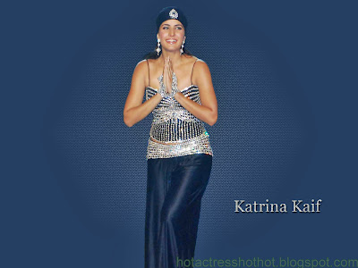 katrina kaif hot pics in hat