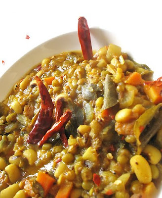 Black-Eyed Pea and Mung Bean Sambar