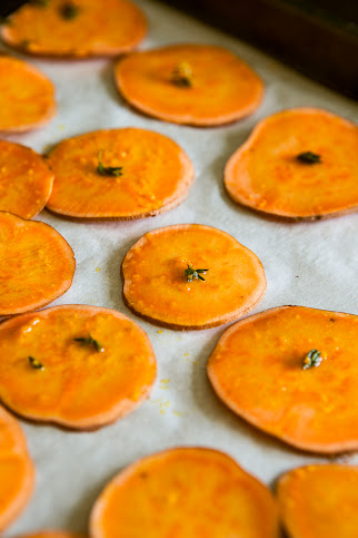 Sweet Potato Baked Chips / blog.jchongstudio.com