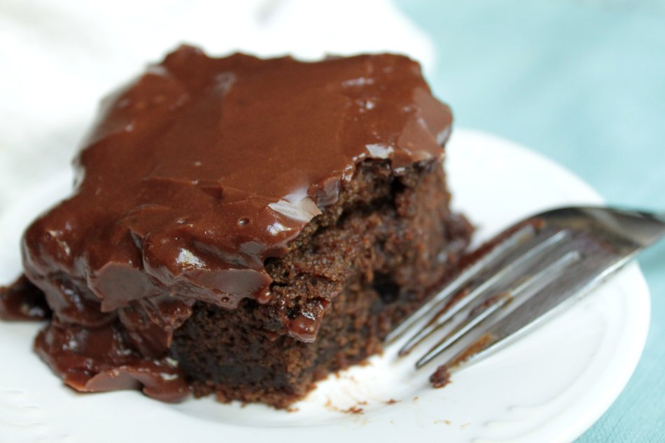 paperseed buttermilk chocolate cake Recipe: mexican hot chocolate cake with milk chocolate-buttermilk frosting.
