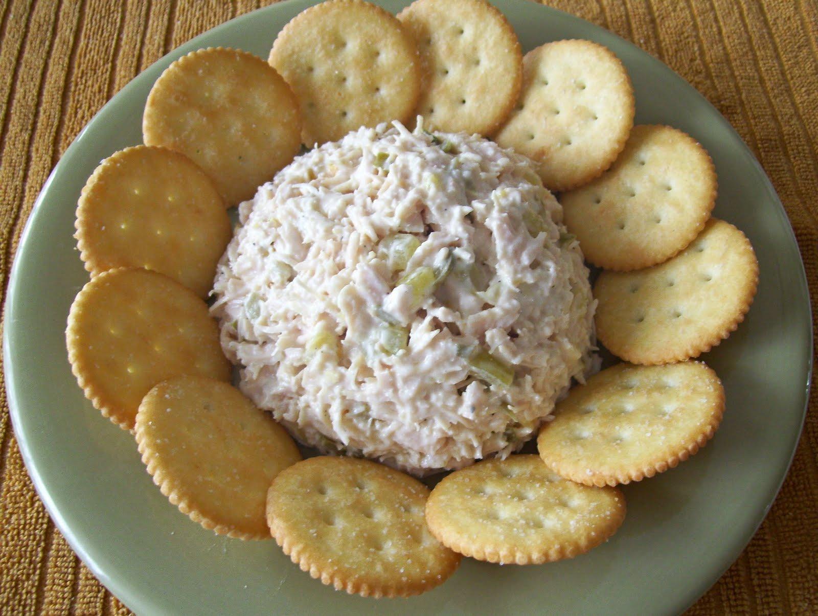 Mormon Mavens in the Kitchen: Easy-Peezy Chicken Salad