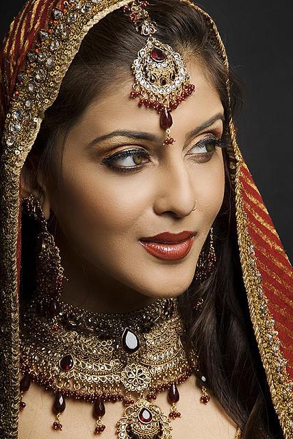 Bridal Makeup Different Cultures : Wedding Function: Makeup