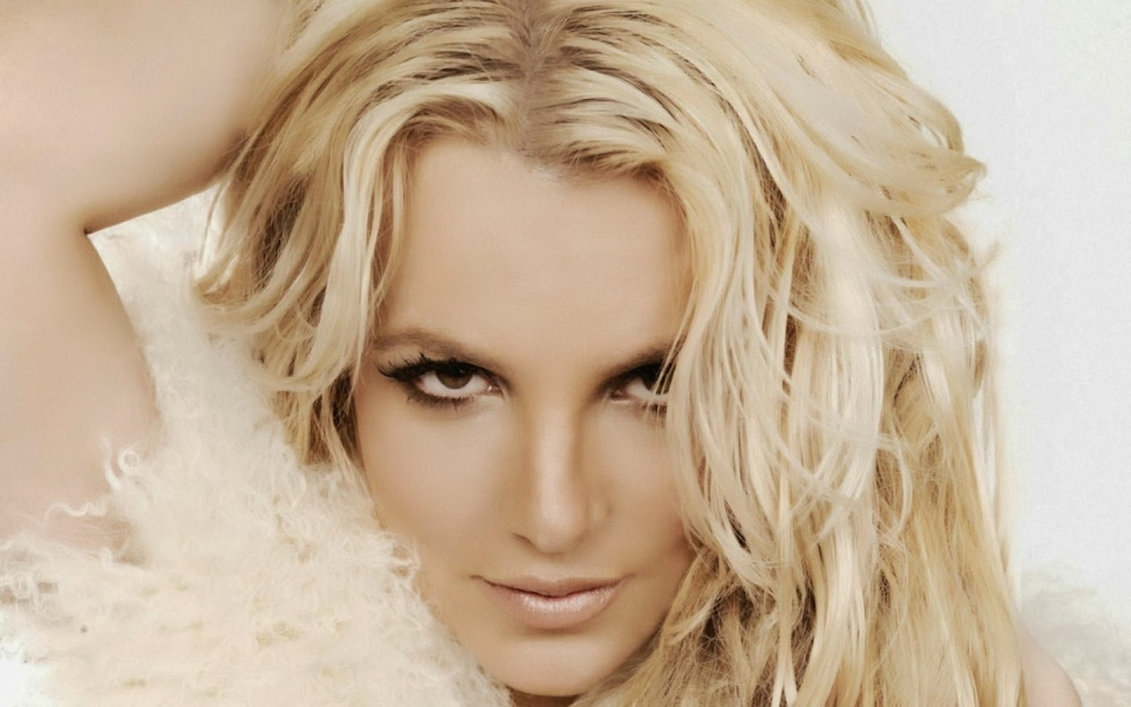 Britney+Spears+Hd+Wallpapers+Free+Download049