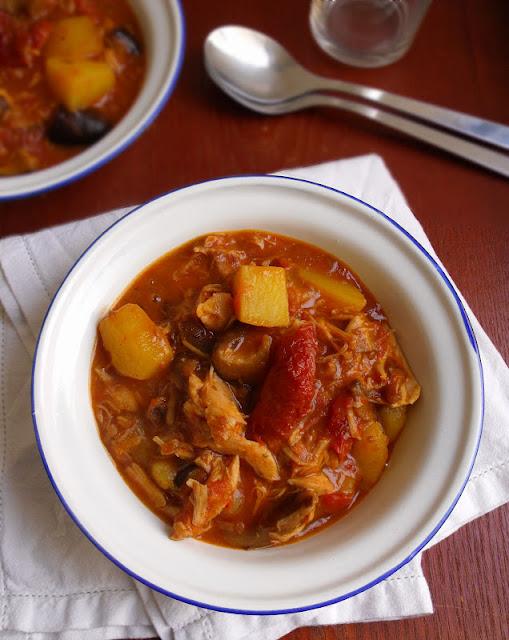 Guiso de pollo con setas y tomates secos en olla express - Cocinar con olla express ...