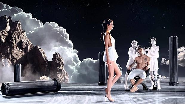 Kadr z klipu Olympea